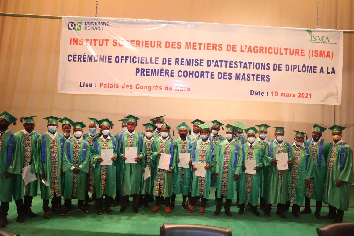 Un nouveau départ pour les premiers diplômés en master de l'ISMA
